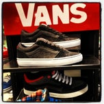 Photo taken at Schuh by Iarla B. on 4/14/2012