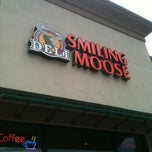 Photo taken at Smiling Moose Deli by Leonard H. on 8/4/2011