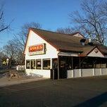 Photo taken at Jake's Wayback Burgers by Daniel R. on 2/19/2012