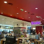 Photo taken at Virgin Megastore by Randy F. on 3/1/2012
