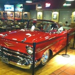 Photo taken at Fuddruckers by Jennifer D. on 8/9/2012