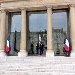 Photo taken at Palais de l'Élysée by Romei C. on 4/27/2011