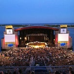 Photo taken at Nikon at Jones Beach Theater by Luis D. on 6/28/2012