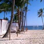 Photo taken at Dreams Seaside Grill by Damon J. on 10/18/2011