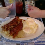 Photo taken at Rio Grande Diner by Shannon T. on 8/11/2012