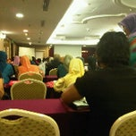 Photo taken at Hotel Putra KL by Norhafiza R. on 4/19/2011