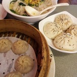 Photo taken at My Dumpling by Lilybeth L. on 5/10/2012