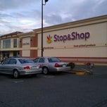 Photo taken at Super Stop & Shop by 🚉 Railking🚉 on 9/22/2011