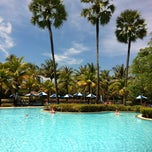 Photo taken at Hilton Phuket Arcadia Resort & Spa by meo on 12/12/2011