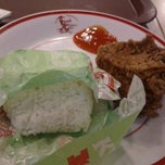 Photo taken at KFC by yourenzi on 9/11/2012