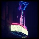 Photo taken at Coolidge Corner Theatre by Hiroki M. on 5/5/2012