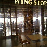 Photo taken at Wing Stop by ibrahim K. on 8/19/2011