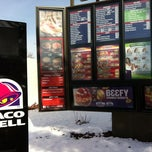 Photo taken at Taco Bell by Mike S. on 1/14/2011