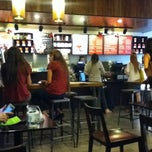 Photo taken at Starbucks by Luciano S. on 11/24/2011