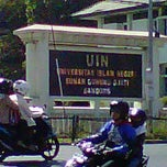 Photo taken at Universitas Islam Negeri (UIN) Sunan Gunung Djati by AING U. on 9/4/2011