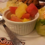 Photo taken at Kenny Rogers Roasters by Akhmal Hakim J. on 8/12/2012