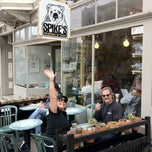 Photo taken at Spike's Coffee & Tea by Anthony H. on 8/27/2011