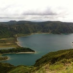 Photo taken at Miradouro da Lagoa do Fogo by Eduardo on 8/17/2011