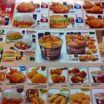 Photo taken at KFC (เคเอฟซี) by ✽ Meeyok. on 7/10/2012