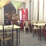 Photo taken at كافتيريا لمسات by Madani B. on 3/24/2012