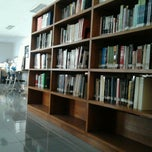 Photo taken at Perpustakaan Psikologi UIN Jakarta by Yashika Angesti F. on 9/6/2012