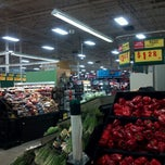 Photo taken at H-E-B plus! by ALEX S. on 11/18/2011