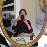 Photo taken at Coiffeur Kopf & Haar by Gabriele B. on 4/26/2012