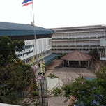 Photo taken at โรงเรียนสตรีสมุทรปราการ (Streesmutprakan School) by Chonpisut P. on 3/16/2012