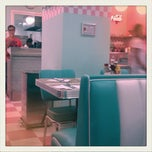 Photo taken at Peggy Sue's by Juanjo V. on 8/30/2011