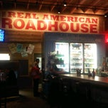 Photo taken at Logan's Roadhouse by Wesley M. on 4/1/2012