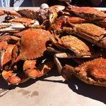Photo taken at Harris Crab House by Eika N. on 9/9/2012