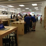 Photo taken at Apple Store, The Oaks by Eddie V. on 6/10/2012