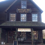 Photo taken at Meadow Run Mill And General Store by Ricardo H. on 12/18/2011