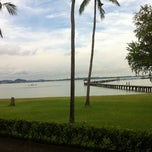 Photo taken at ระยอง รีสอร์ท (Rayong Resort) by Thew W. on 8/26/2011