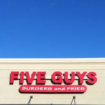 Photo taken at Five Guys by Very T. on 10/20/2011