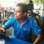 Photo taken at Halalan Toyyiba Mart by Fairul H. on 5/27/2012