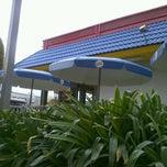 Photo taken at Burger King by Karina on 11/19/2011