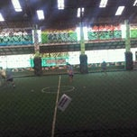 Photo taken at Lapangan Indoor Manggis Futsal by Arie W. on 10/31/2011
