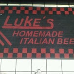 Photo taken at Luke's Italian Beef by Marcos F. on 6/8/2012