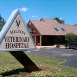 Photo taken at Milton Veterinary Hospital by Harjit on 8/5/2011