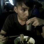 Photo taken at Bamee Soi Convent Silom by 🌟Miyuki Ota🌟 M. on 11/13/2011