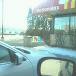 Photo taken at McDonald's by David L. on 12/18/2011