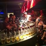 Das Foto wurde bei Wombata City Bar von Serdar E. am 7/17/2012 aufgenommen