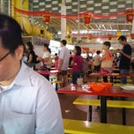 Photo taken at Soon Heng Fishball Noodle Westcoast Market by Shu Kok W. on 2/10/2012
