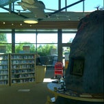 Photo taken at Redwood Shores Branch Library by Hiroshi Y. on 7/28/2012