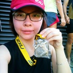 Photo taken at 2XU Compression Run 2012 by Rachie T. on 4/1/2012