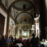 Photo taken at Templo Santa Catalina de Siena by Omar A. on 4/6/2012