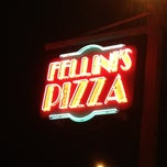 Photo taken at Fellini's Pizza by Zreba on 8/4/2012