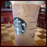 Photo taken at Starbucks by Jerry Z. on 8/29/2012