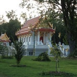 Photo taken at Wat Mongkoltepmunee (Thai Buddhist Temple) by Vadim P. on 7/22/2012